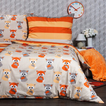Set lenjerie din bumbac 100% cu imprimeuri vesele pentru pat